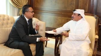 سعادة وزير المواصلات والاتصالات يتسلم رسالة من وزير الاتصالات والمعلومات السنغافوري