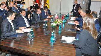 سعادة وزير المواصلات والاتصالات يجتمع مع نظيره التركي
